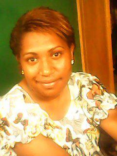 Meet Tyziiz, 29 (Papua New Guinea).