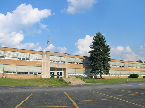 File:Lakeview High School Ohio.PNG.