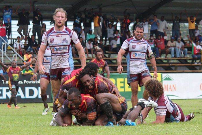 PNG Hunters winning over rugby league fans in the Queensland.
