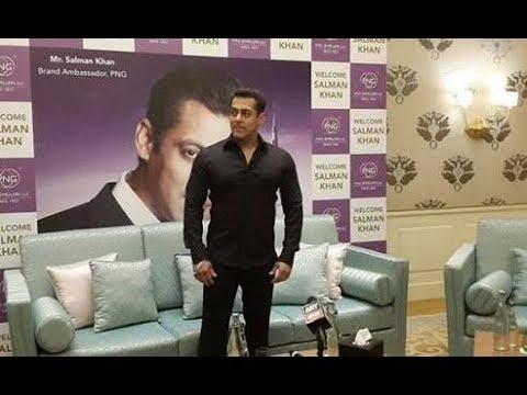 Pune Crowd Goes Crazy For Salman Khan.