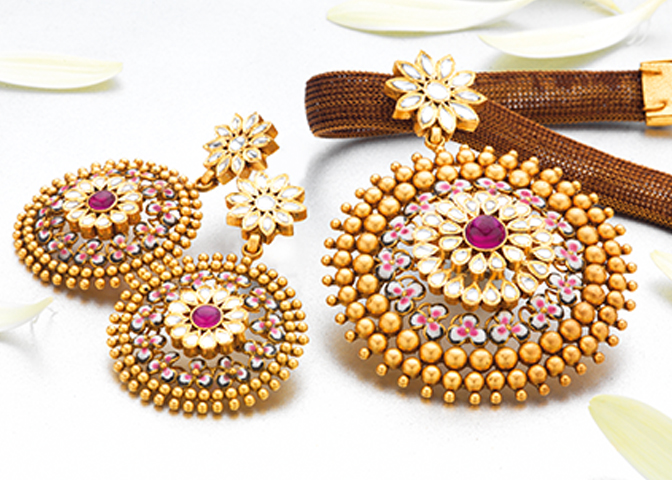 Women Jewellery Sets.