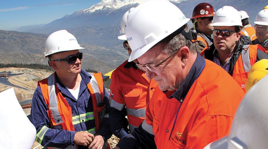 Barrick\'s CEO visits Papua New Guinea to support extension.