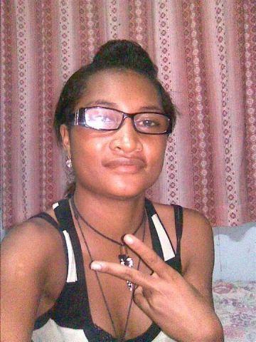 Meet SHANTELLPARUA, 30 (Papua New Guinea).