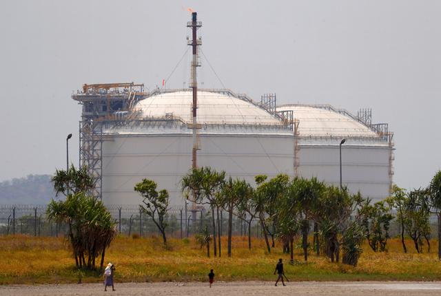 In Papua New Guinea, Exxon\'s giant LNG project fuels.