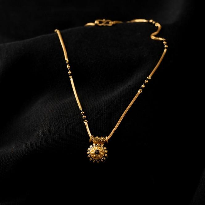 Gold Mangalsutra Online.