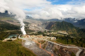 Australian man injured in attack at PNG gold mine.