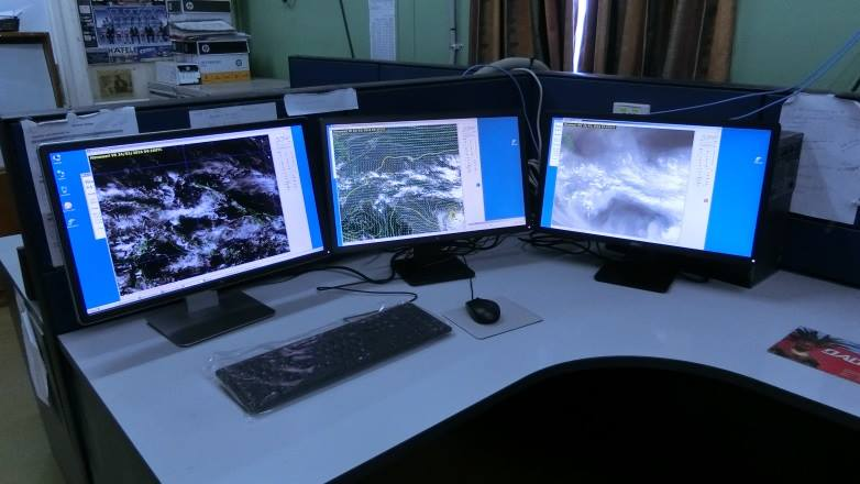 Staff at PNG Weather Services stop work.
