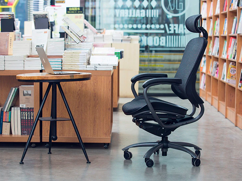 This $269 office chair has made me more productive at work.
