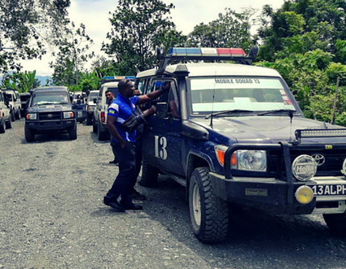 PNG police shoot dead 3 suspects in botched Lae armed.