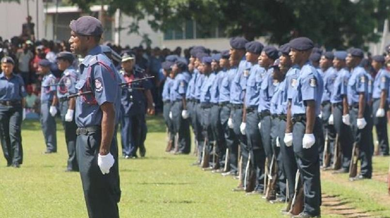 Opposition supports decision to suspend police recruitment.
