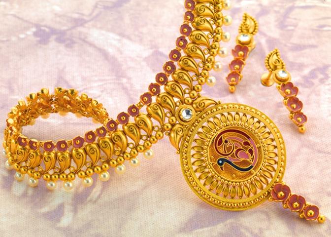 Bridal jewellery online.