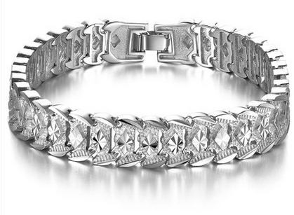 This brilliant 925 silver bracelet is a great example of.