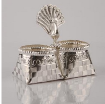 Silver Gifts, Gifts, Crafts & Artifacts.