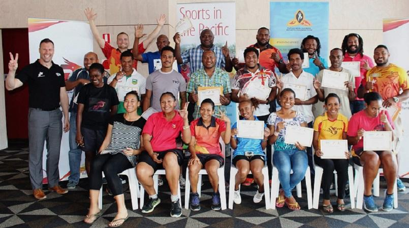 46 participants get sport strapping certificates.