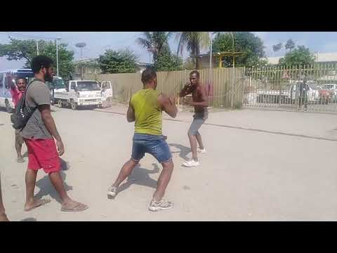 Videos matching PNG girls fight.