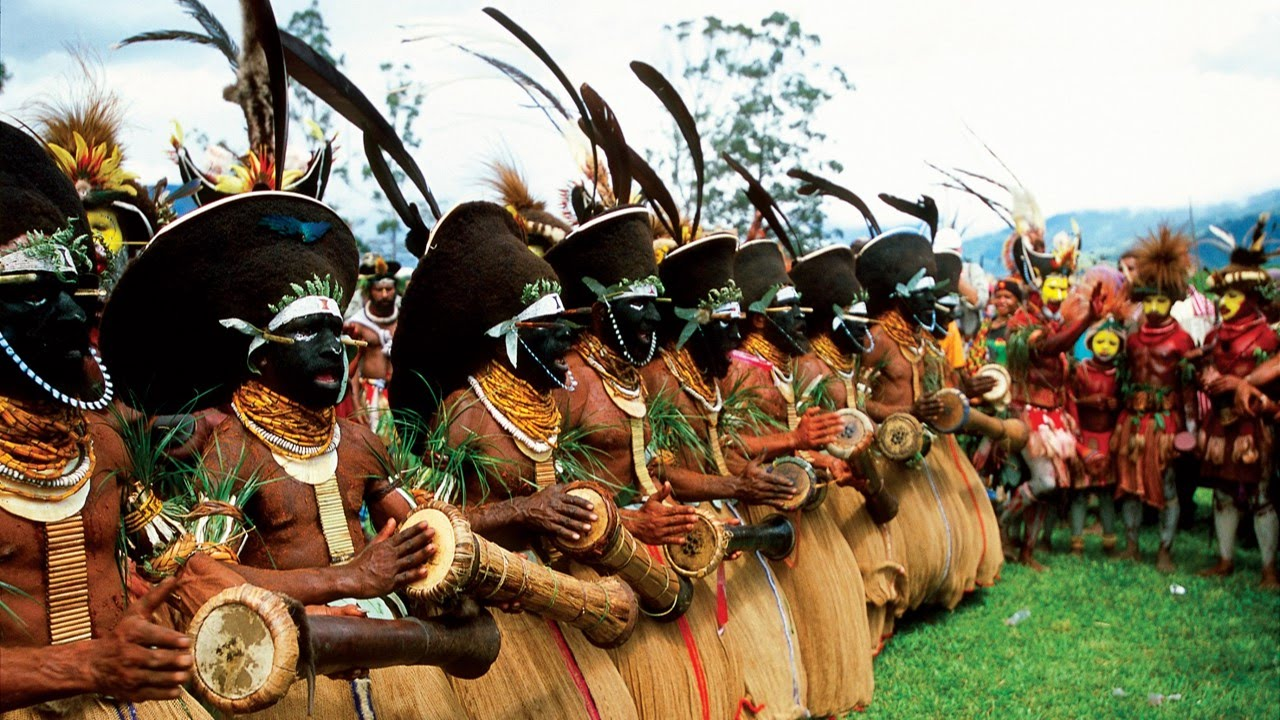 Papua New Guinea Tourist Attractions: 10 Top Places to Visit.