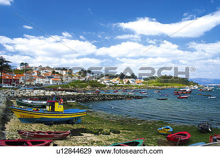 Stock Photograph of Spain, Galicia, Pontevedra, Arousa, Island.