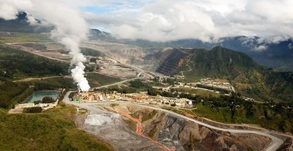 The huge risks and rewards of Papua New Guinea\'s Porgera.