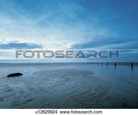 Stock Photo of Northern Ireland, Londonderry, Port Rush, View to.