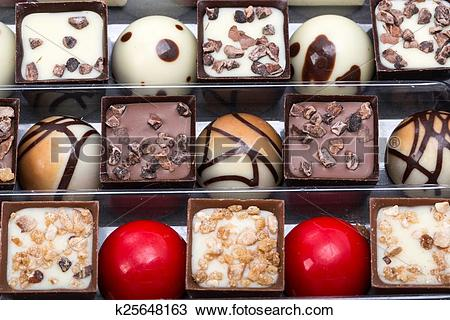 Drawing of Set of a various chocolate pralines k25648163.