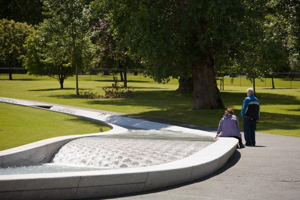 Diana Memorial Fountain.