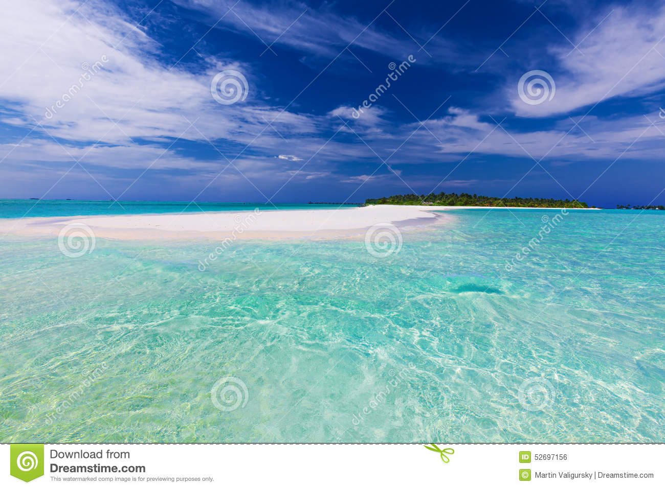Sand Bar At The End Of Tropical Island With Pristine Water Stock.