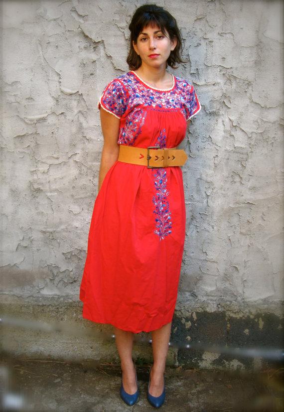 Vintage Mexican Puebla Dress. Peasant Dress. Boho Dress..