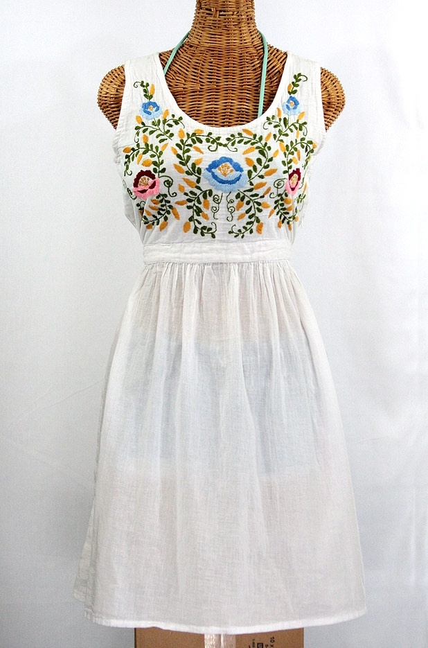 17 Best images about Folkloric Embroidery on Pinterest.
