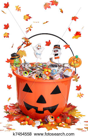 Pictures of halloween pumpkin bucket with candy k7454558.