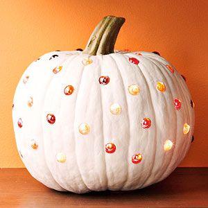 Pumpkin through the hole game clipart.
