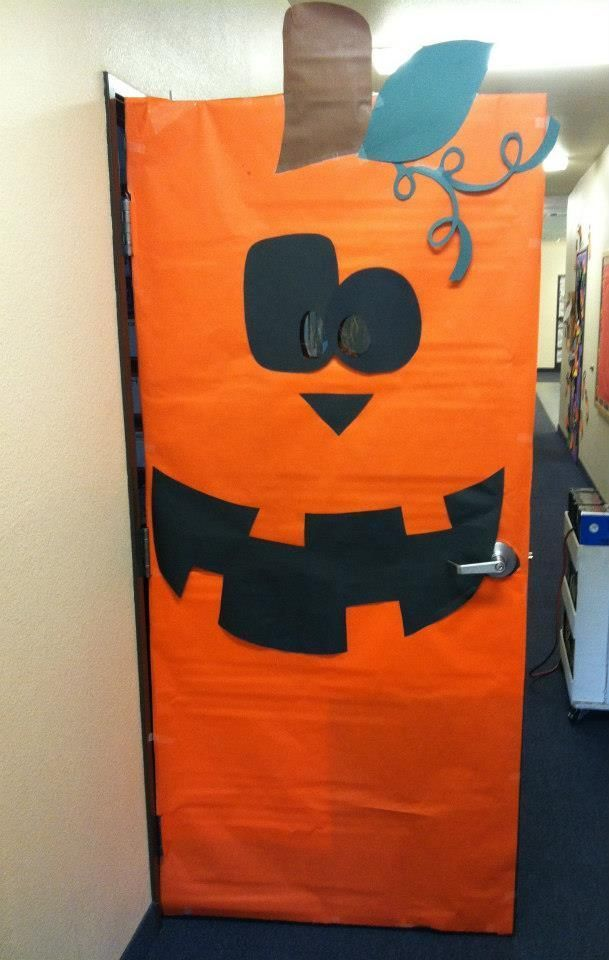 17 Best ideas about Fall Classroom Door on Pinterest.