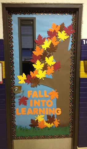 Fall Door Decoration Ideas for the Classroom.