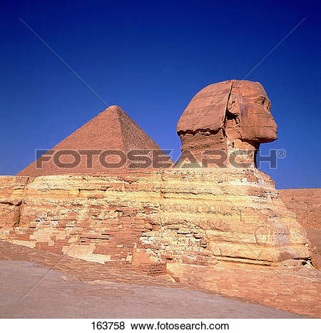 Pictures of Statue in front of pyramid, Sphinx De Gizeh, Cairo.
