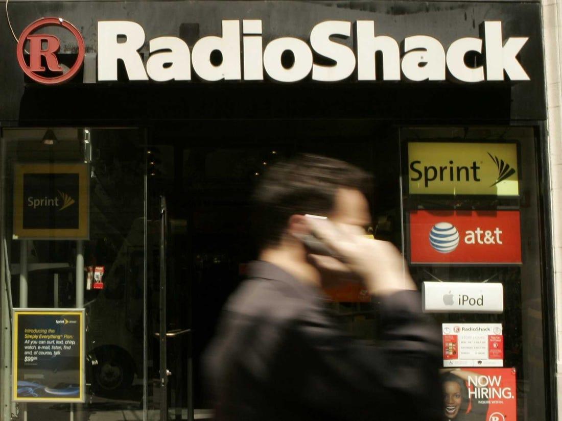 PICTURES: RadioShack\'s New Logo And Store Design.