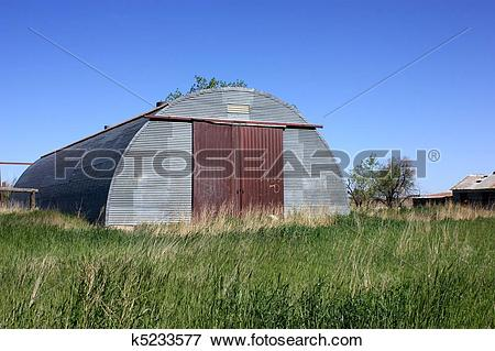 Picture of An old ranch with a metal building k5233577.