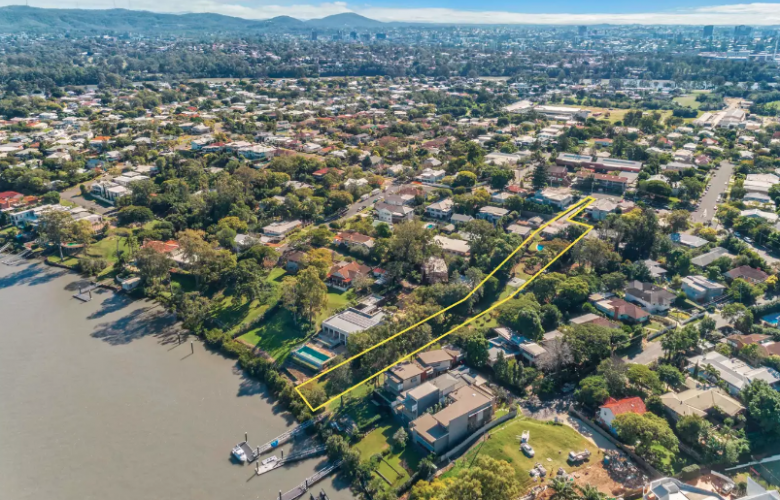 Brisbane riverfront site to be auctioned at Howard Smith.