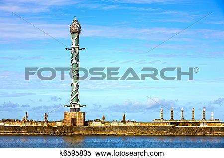 Stock Image of sculpture park in the dockyard of recife k6595835.