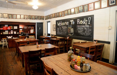 Red's Little Schoolhouse Restaurant teaches diners a thing or two.