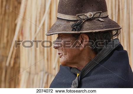 Stock Photo of Urus Iruitos Woman On Chisawa, A Reed Island Made.