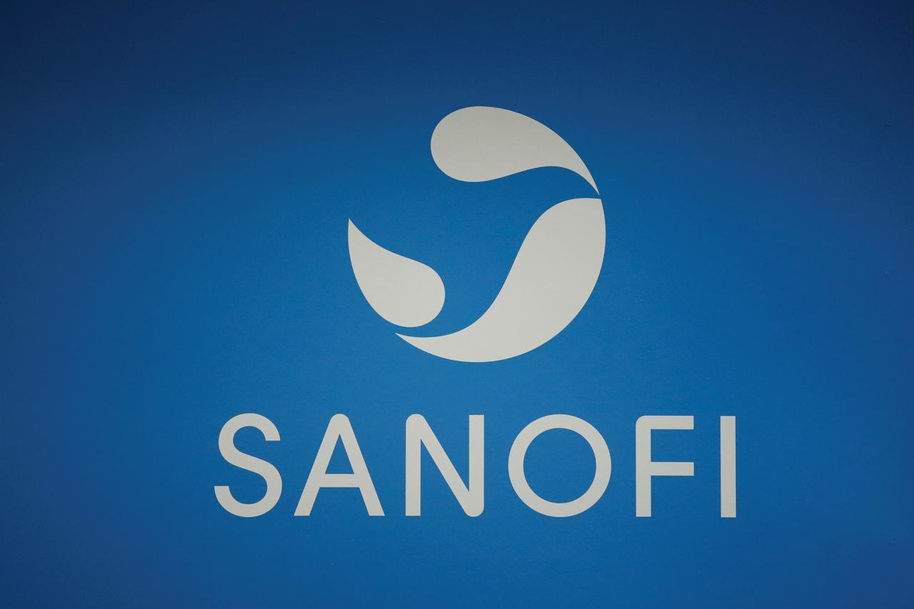 U.S. judge rules for Regeneron, Sanofi in Amgen cholesterol.