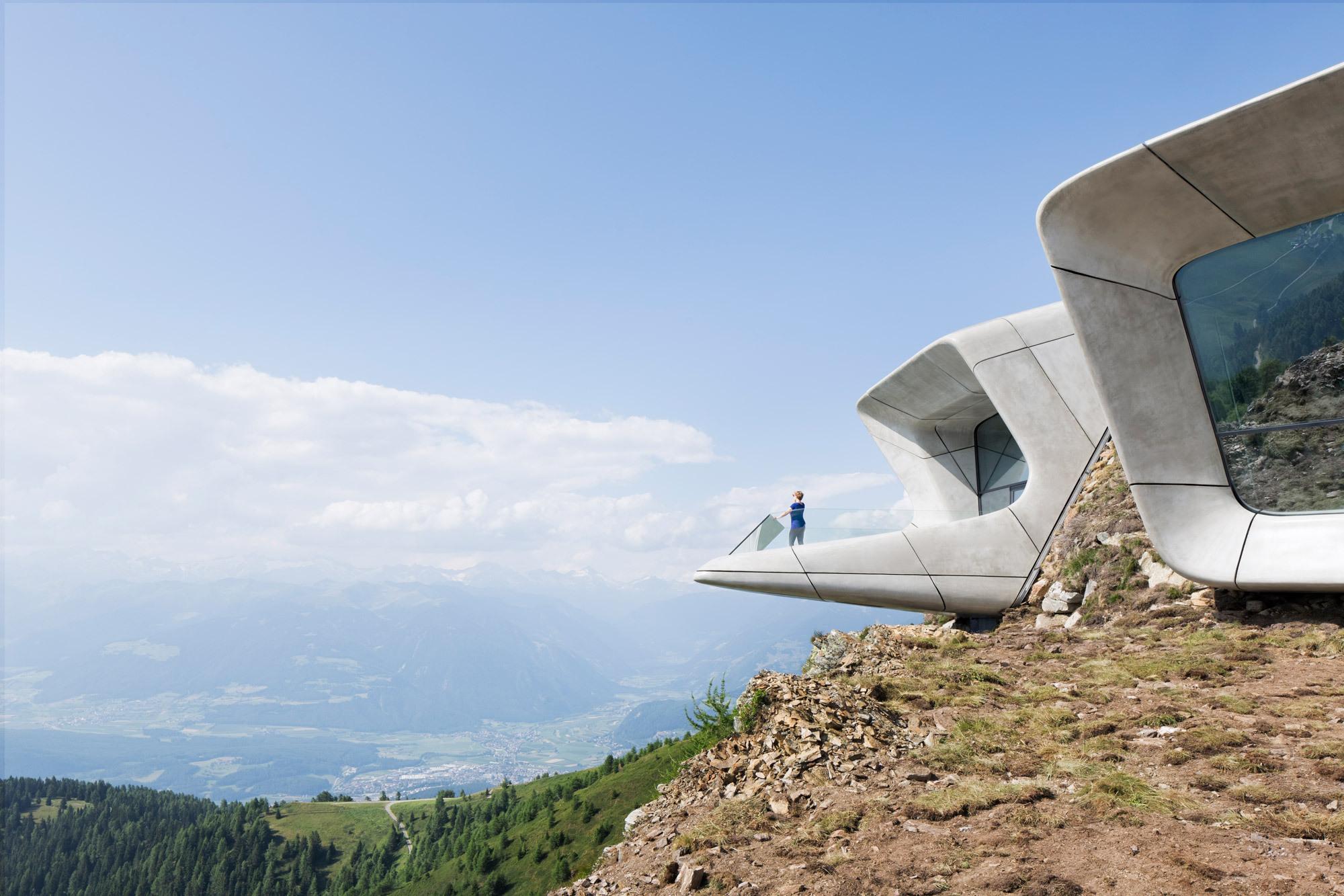 Zaha Hadids Museum für Reinhold Messner / Gipfeltreffen in den.
