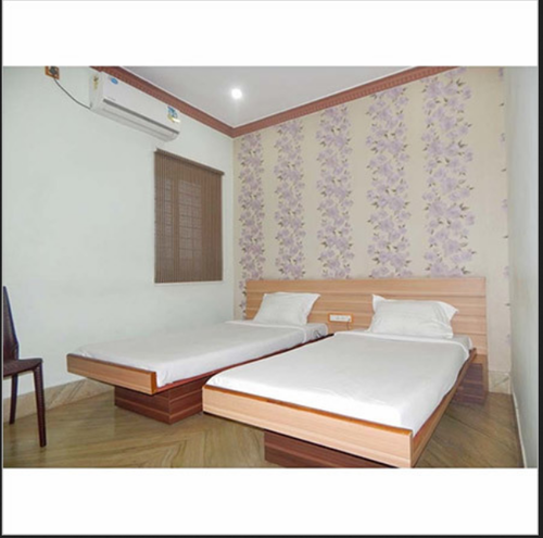 Cheap Accommodation Rooms Rental Services in Benachity.