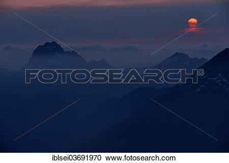"Stock Photography of ""Allgaeu summit with the setting sun, Lech."