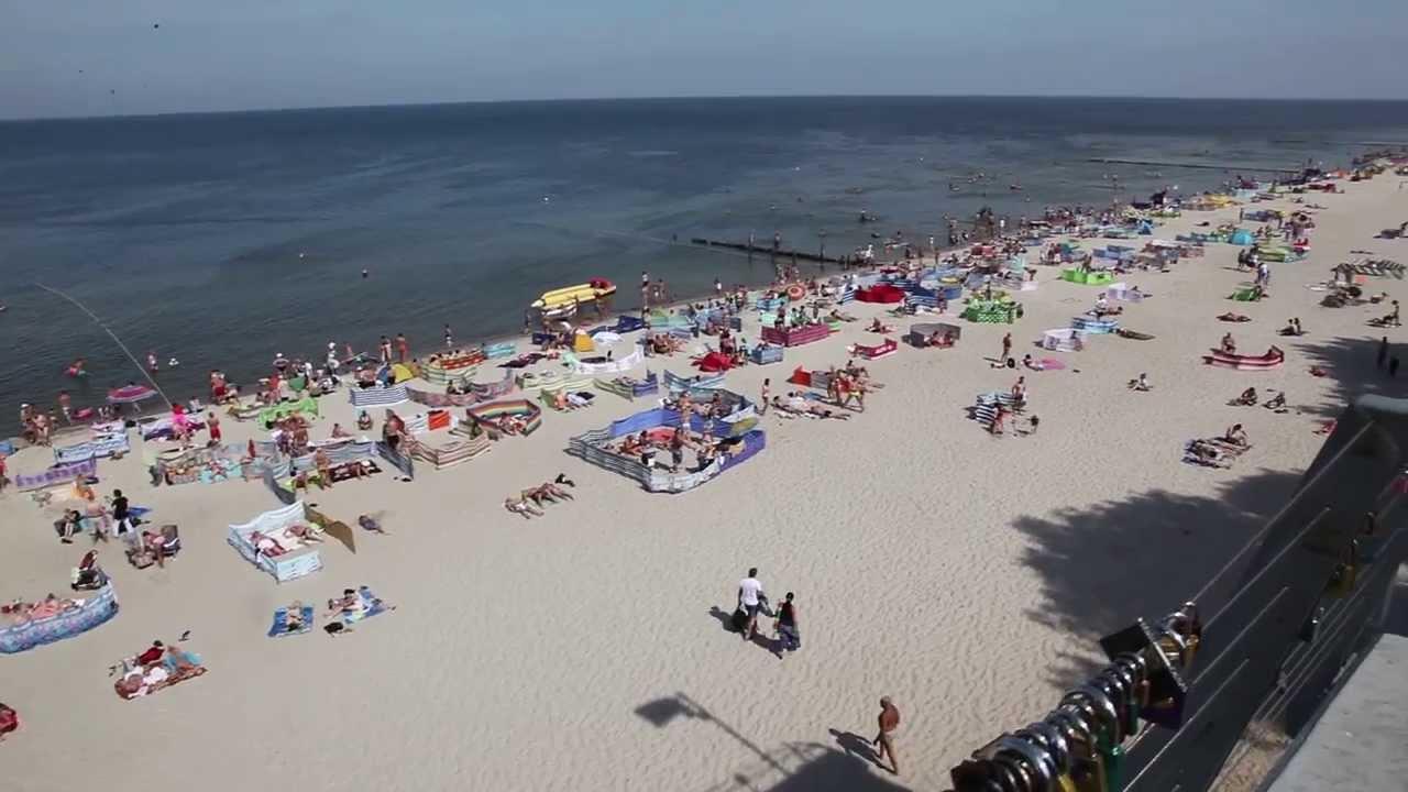 Piękna plaża w Rewalu / Beautiful beach at Baltic Sea in Rewal.