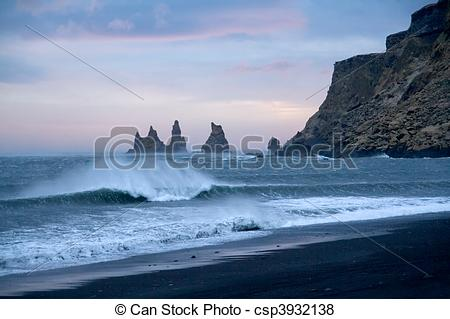 Pictures of Iceland beach.