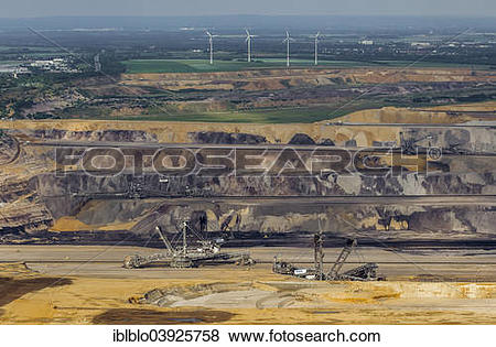 "Pictures of ""Aerial view, diggers in the Garzweiler surface mine."