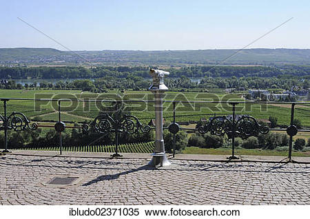 "Stock Image of ""Lookout, Johannisberg mountain, Rheingau region."