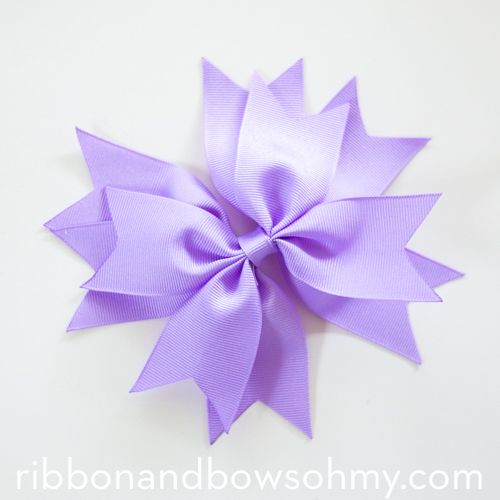 25+ best ideas about Ribbon Bow Tutorial on Pinterest.