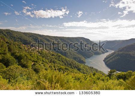 Vector Images, Illustrations and Cliparts: Sil canyon, Ribeira.
