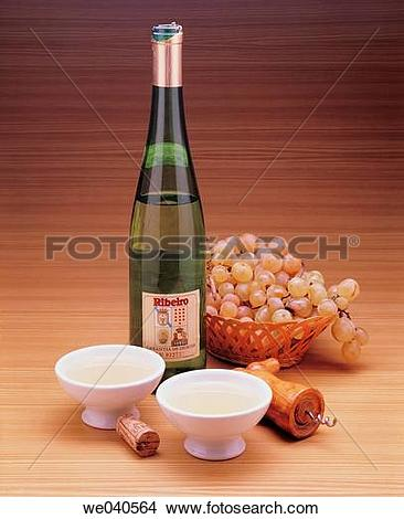 Stock Photo of Ribeiro wine (Galicia, Spain) we040564.